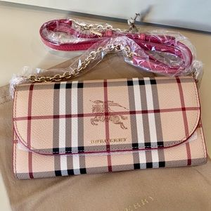 Burberry Haymarket Henley Check Wallet on Chain
